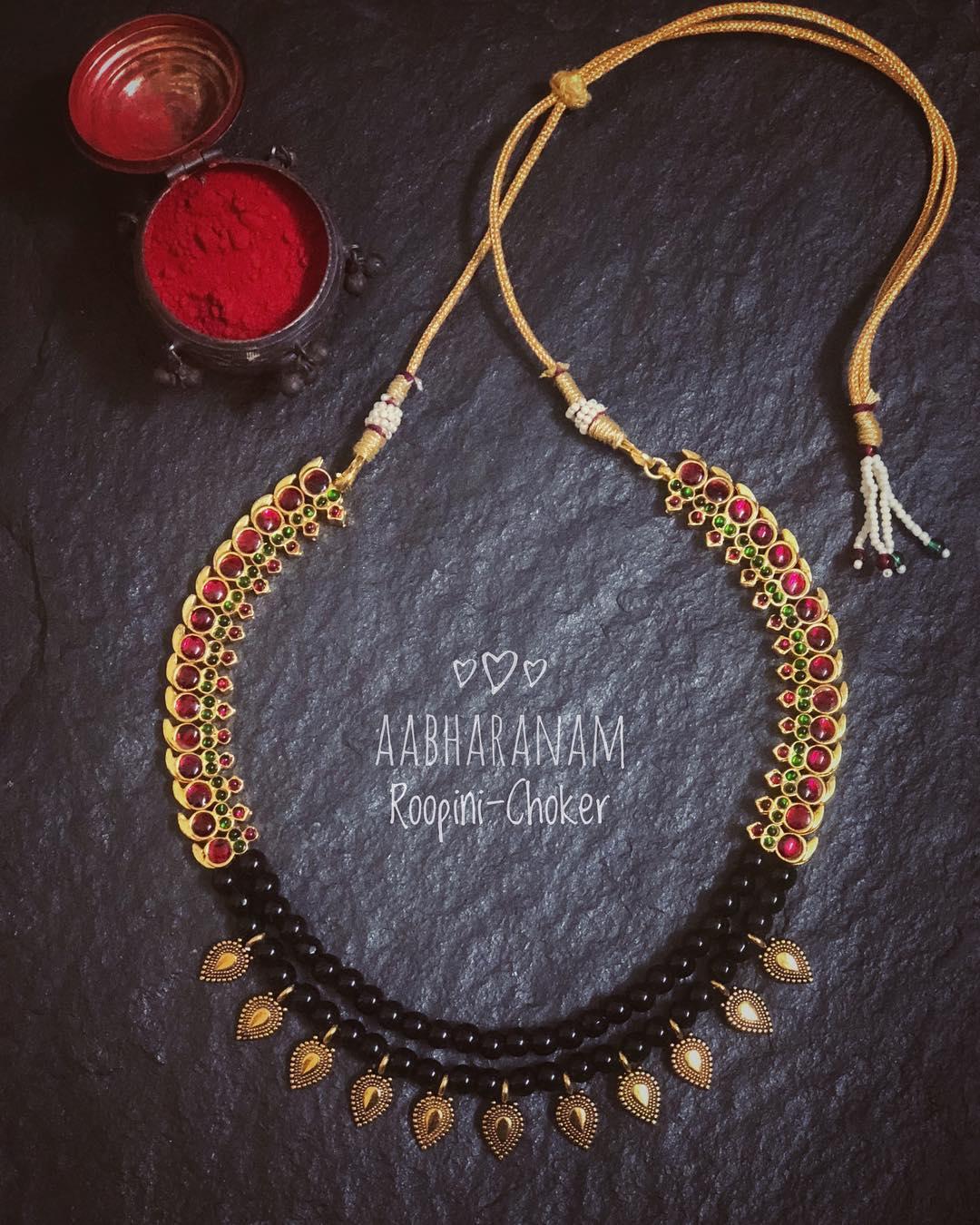 Eye Catching Choker From Abharanam