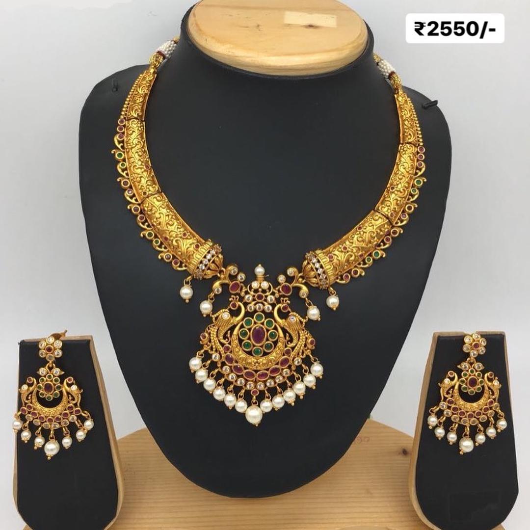 Handpicked Ethnic Sets Aarvee Chennai