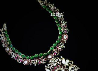 Elegant Necklace From Silver sashti