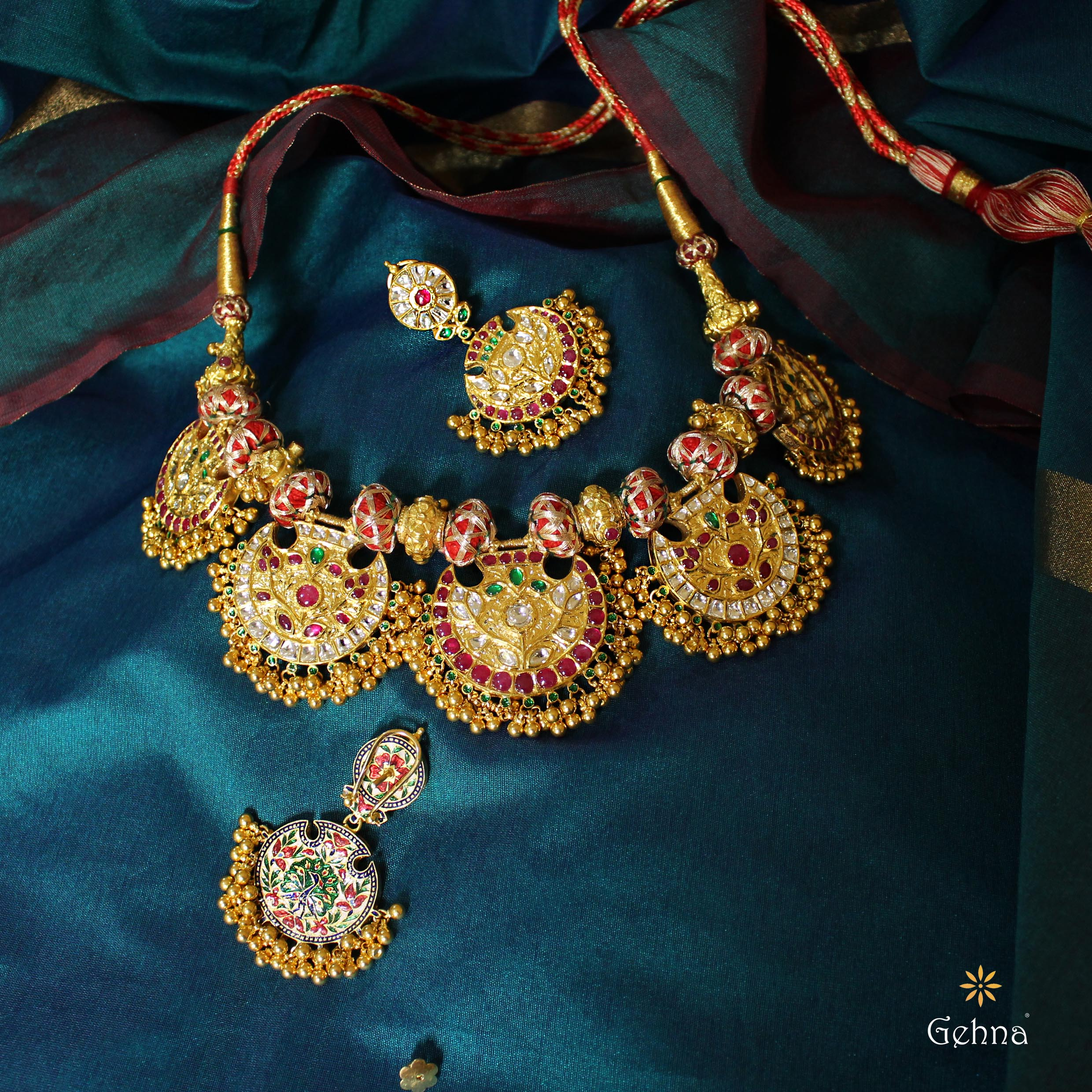 Gorgeous Gold Pankhi Necklace Set From Gehna India