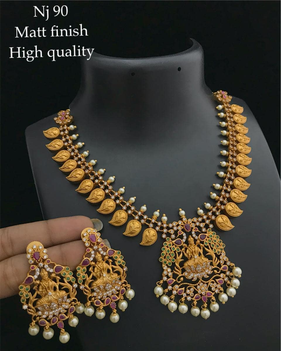 Stunning Necklace Set From Varsha