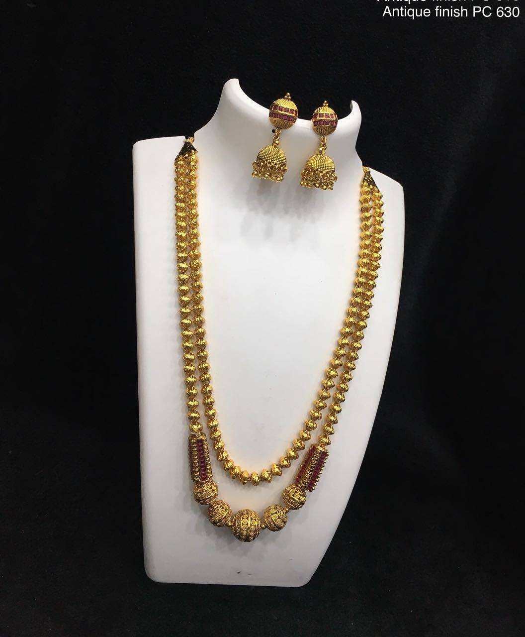 Unique Necklace Set From Alamakara