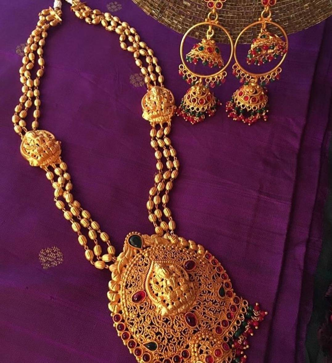 Ethnic Temple Necklace Set From Alamakara