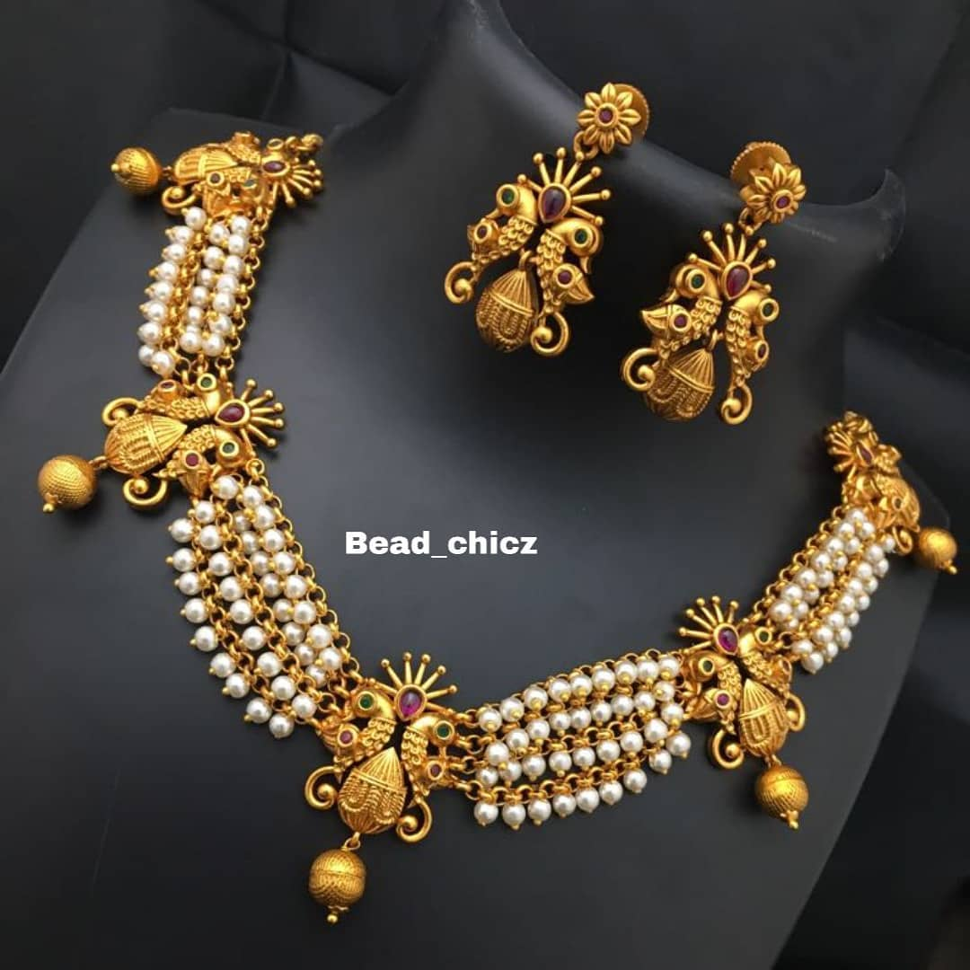 Graceful Pearl Necklace Set From Bead Chicz