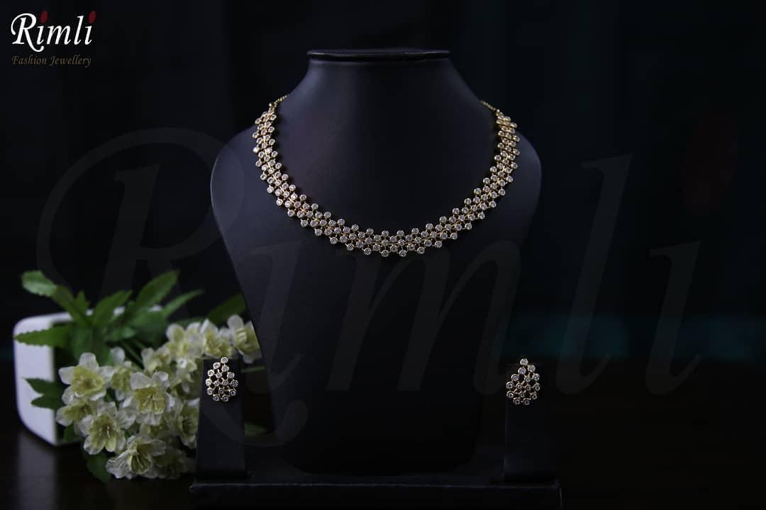 Classic Necklace Set Rimli Boutique