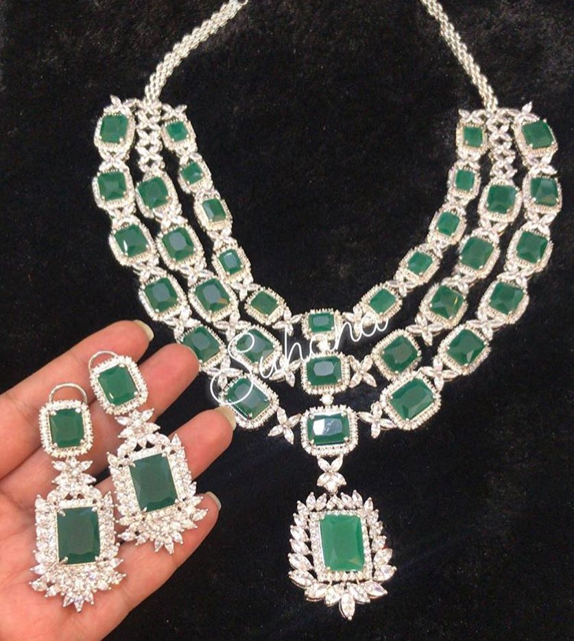 Emerald Diamontic Set From Suhana Art And Jewels