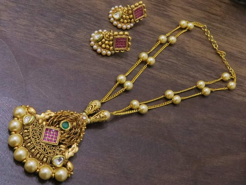 Pretty Necklace Set From Emporia Jewels