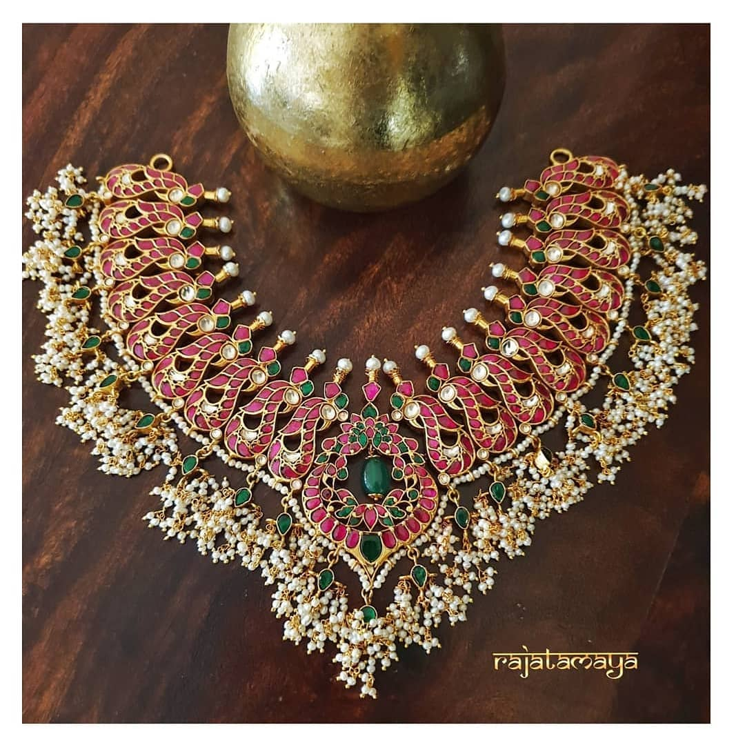 Attractive Necklace Set From Rajatamaya