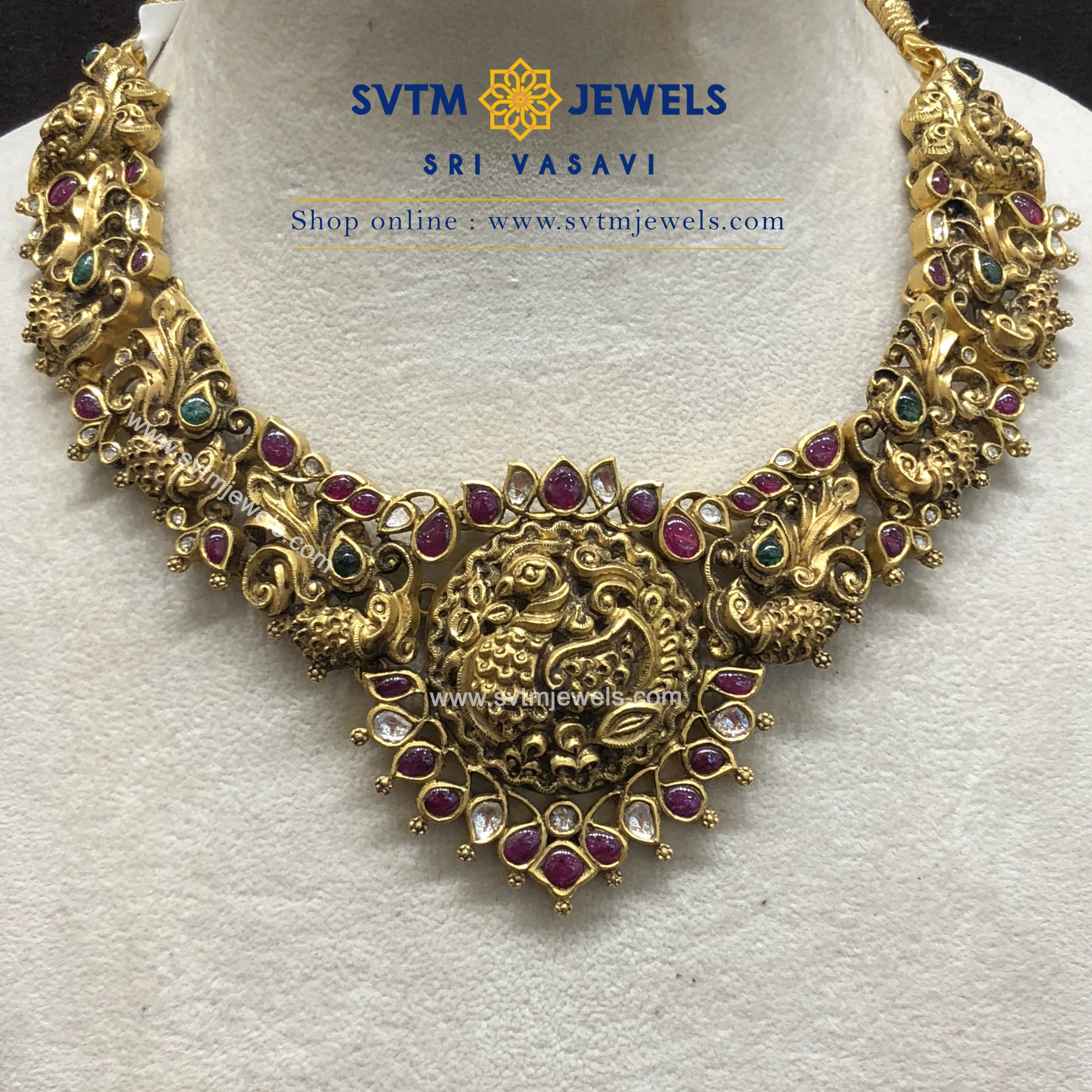 Bold Silver Necklace Set From SVTM