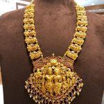 Grand Gold Necklace From Mangatarai