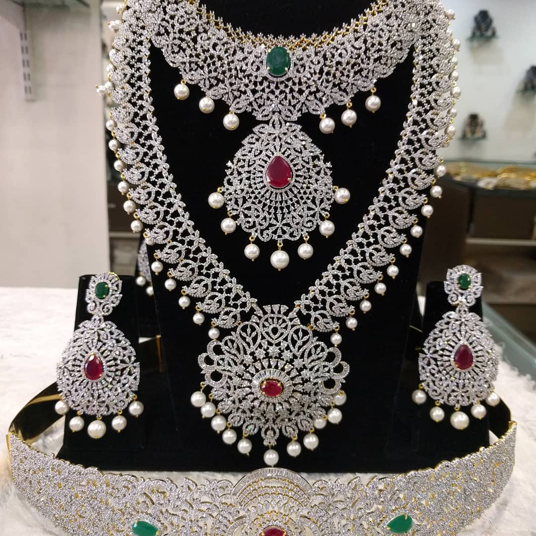 Beautiful Bridal Jewellery From Samskruthi Jewellers
