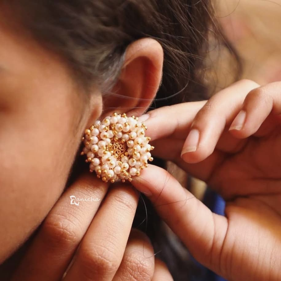 Pearl bunch studs From Anicha