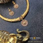 Attractive Yellow Gold Short Necklace From SVTM
