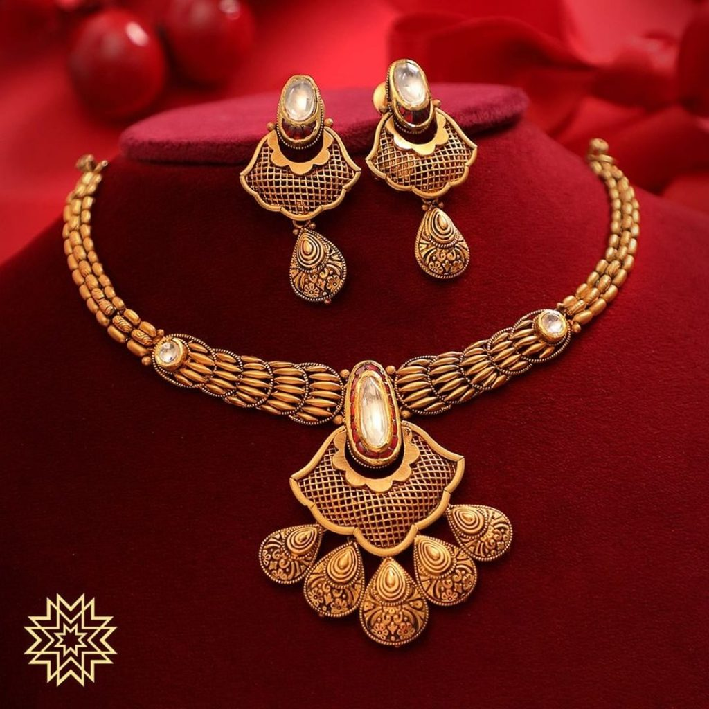 Trendy Gold Necklace From Manubhai Jewels