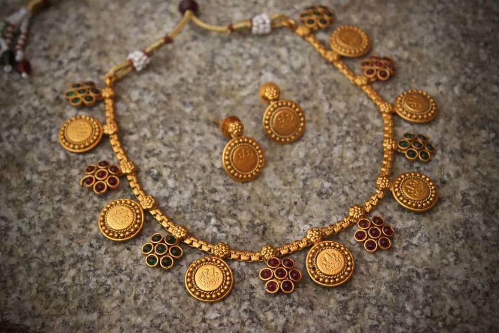 Mahalakshmi Kemp Flower Matte Coin Necklace From Happy Pique