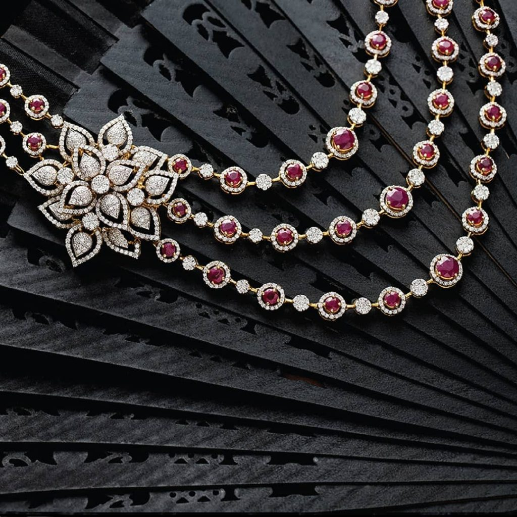 Eye Catching Diamond Necklace From NAC Jewellers