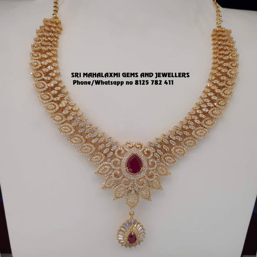 Eye Catching Gold Necklace From Sri Mahalakshmi Gems And Jewellers