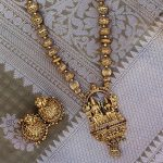 Unique Necklace Set From Narayana Pearls