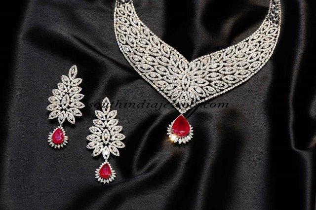 Diamond-necklace-set-Gehna-jewellers