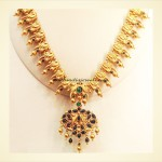 Gold Antique Jewellery necklace