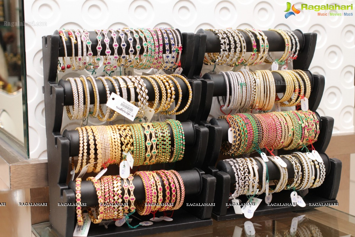 chaahat-fashion-jewellery-bangle-collection