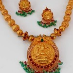 Temple Jewellery :  Gold necklace set