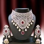 Costume Jewellery:  Diamond Choker Set