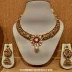 Gold Kanti Necklace With Jhumkas