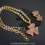 Double Layer Pearl Chain with Floral Pendant
