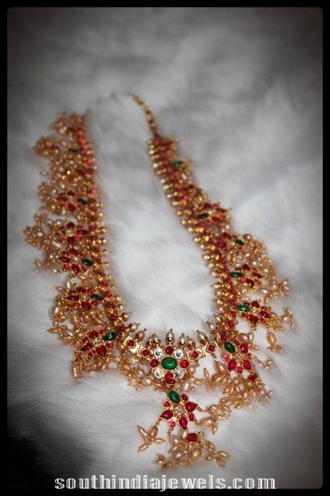 Ruby-Emerald-Guttapusalu-Necklace-from-silver-shine-jewellery-28000 (2)