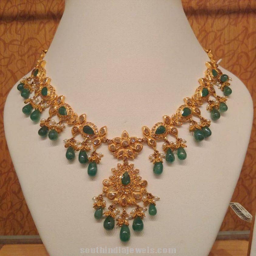 Light-weight-22k-gold-emerald-necklace