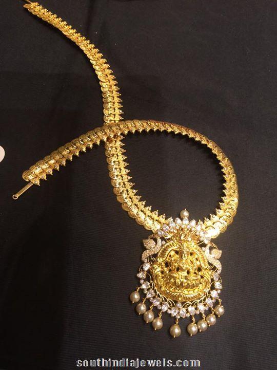 Gold kasumalai with lakshmi pendant