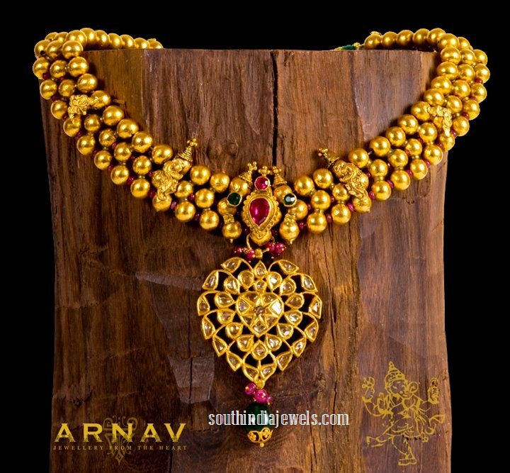 22K gold bead necklace from Arnav Jewellers