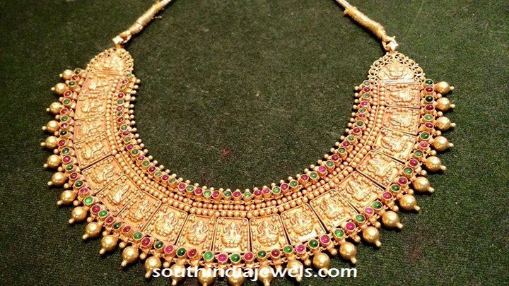 Antique temple jewellery choker necklace