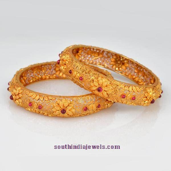 Gold Floral Ruby Bangle model