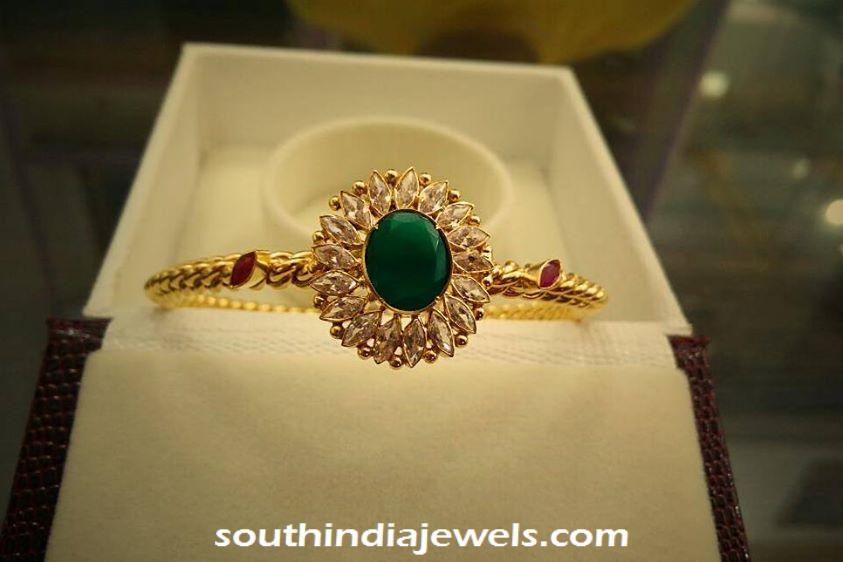22k gold emerald bracelet