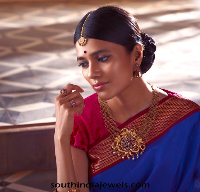 Model in NAC Jewellers Antique Jewellery Collections