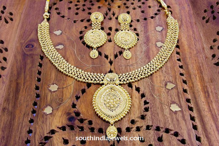 22 carat gold necklace design from manubhai
