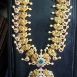 22 Carat Gold Stone Necklace
