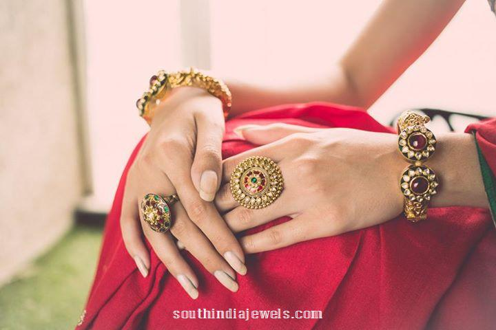 Antique Gold Rings and bangles from Manubhai Jewellers