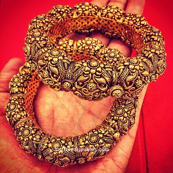 Gold Kada Bangle from Amrapali Jewels