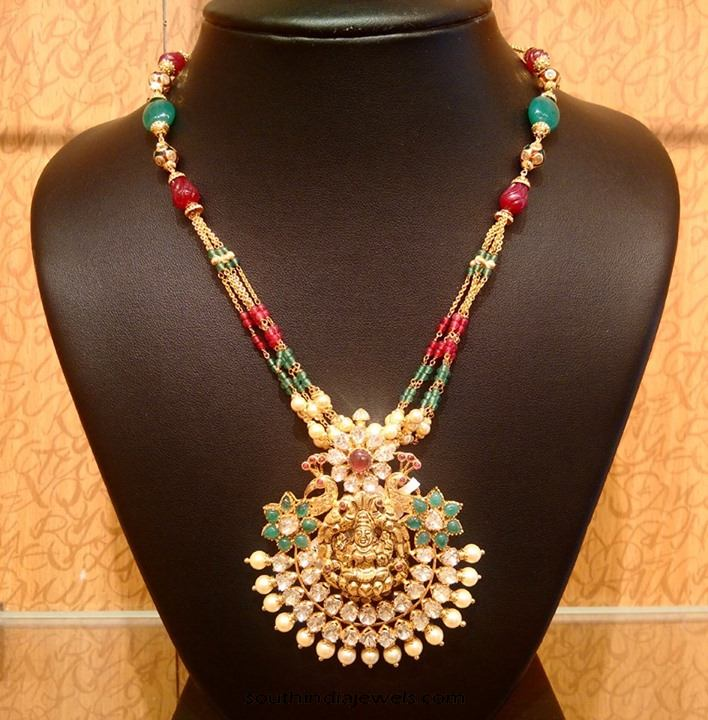 light weight gold necklace with kundan pendant