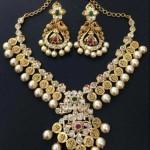 22K Gold Pearl Necklace Design