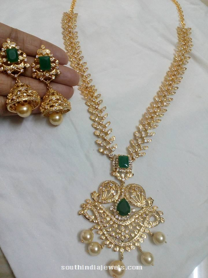 Artificial emerald stone necklace set