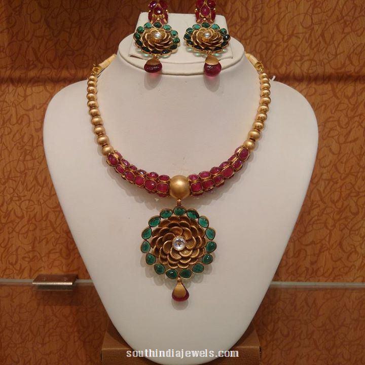 22 Caragt Gold Designer Ruby Emerald Necklace