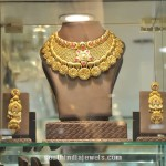 Gold Choker Necklace Set From PC Jeweller