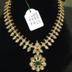 Gold Polki Short Necklace