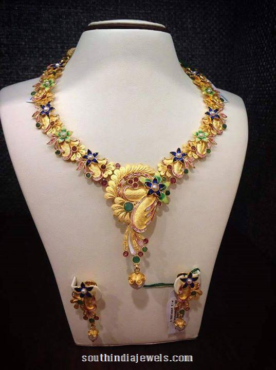 Beauiful Gold Floral Necklace