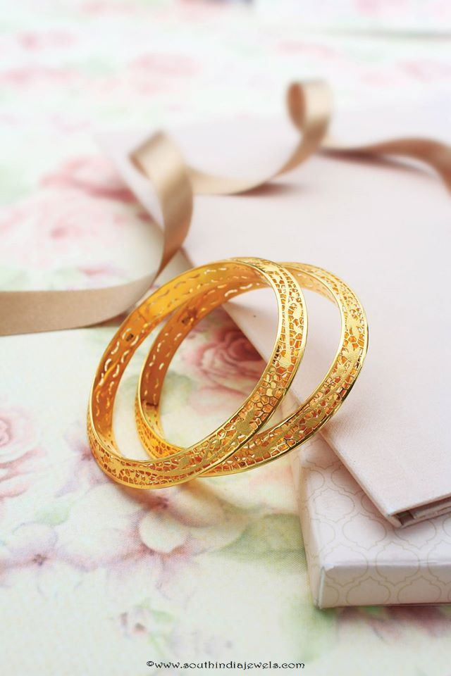 Latest model gold bangle from Manubhai Jewellers