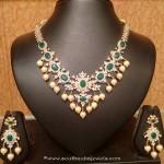 22K Gold Light Weight Emerald Necklace Set